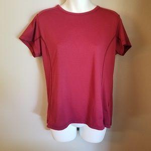 Columbia titanium large red athletic Tshirt